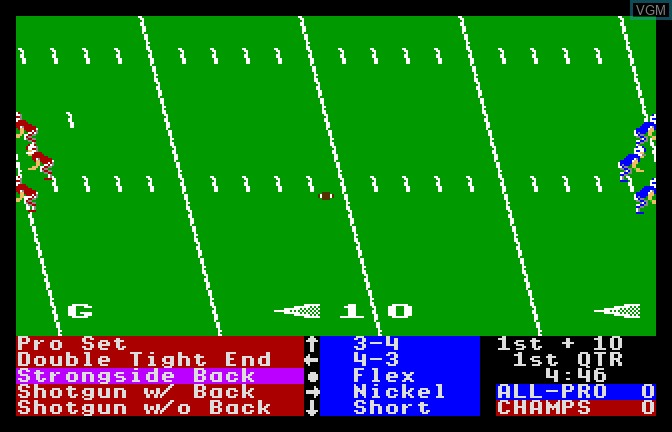 In-game screen of the game 4th & Inches on Apple II GS