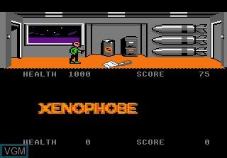 In-game screen of the game Xenophobe on Atari 7800