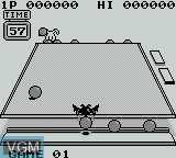 In-game screen of the game Penguin Wars on Nintendo Game Boy