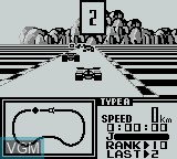 In-game screen of the game F-1 Race on Nintendo Game Boy