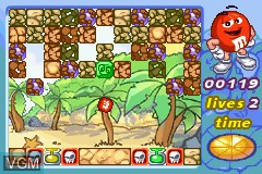 In-game screen of the game M&M's - Break' Em on Nintendo GameBoy Advance