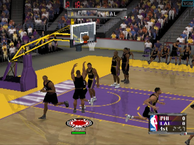 In-game screen of the game NBA Courtside 2002 on Nintendo GameCube