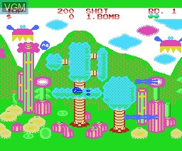In-game screen of the game Fantasy Zone on MSX