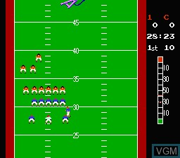 In-game screen of the game 10-Yard Fight on Nintendo NES