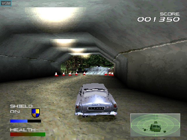 In-game screen of the game 007 Racing on Sony Playstation