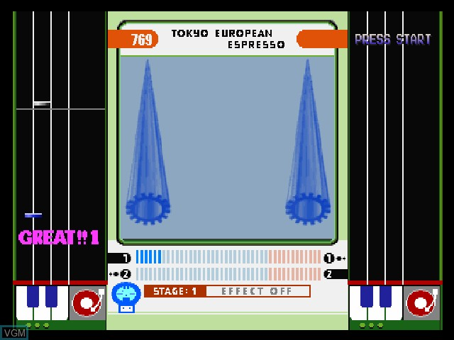In-game screen of the game BeatMania Append Club Mix on Sony Playstation