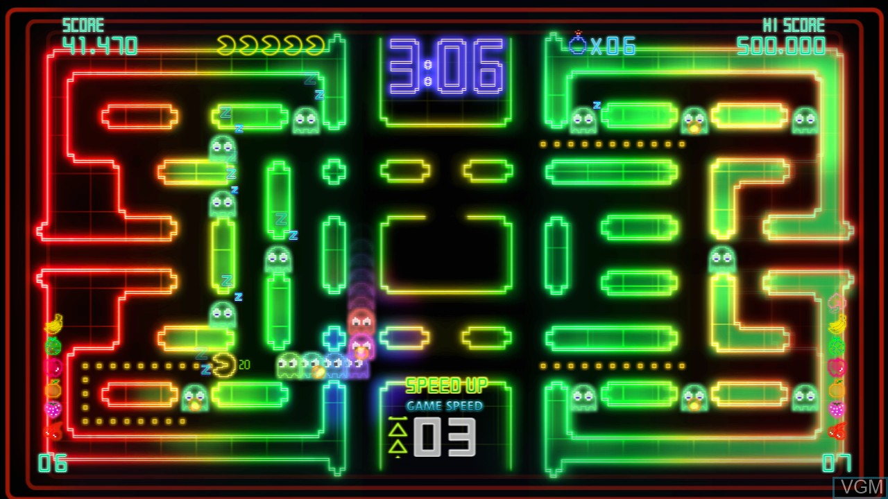 In-game screen of the game Pac-Man Championship Edition DX on Microsoft Xbox 360
