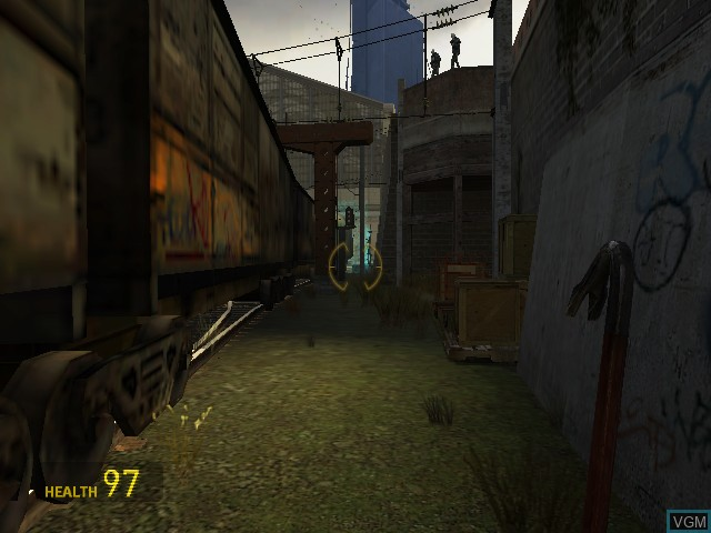 In-game screen of the game Half-Life 2 on Microsoft Xbox
